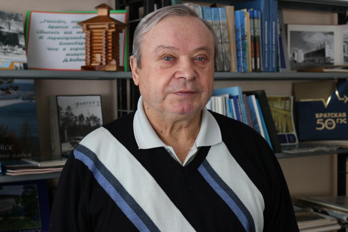Владимир Корнилов стихи