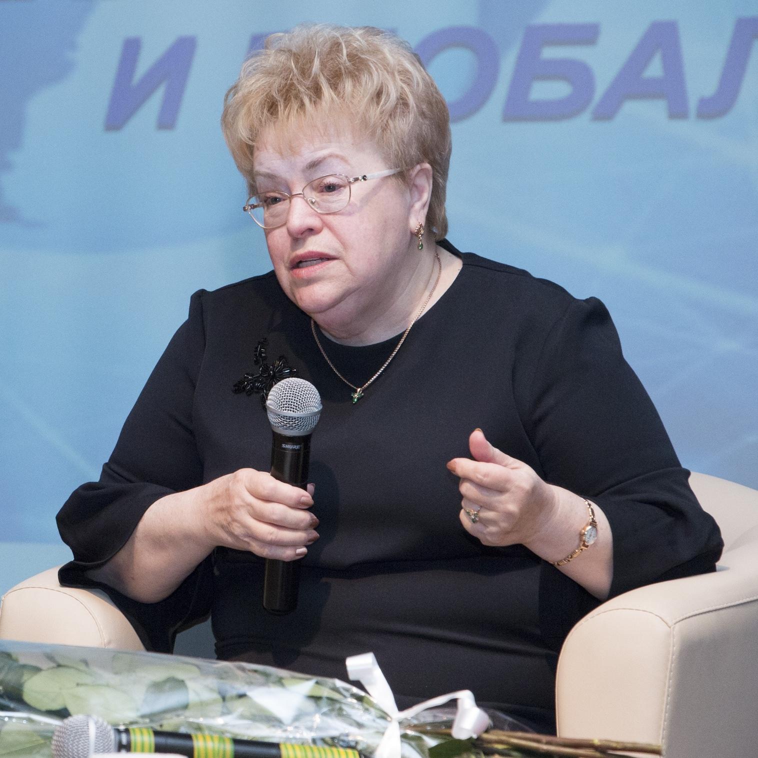 Нина Георгиевна Апухтина